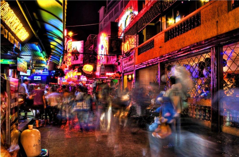 מדריך מספר #1  לרחובות החלונות האדומים בבנגקוק 2021