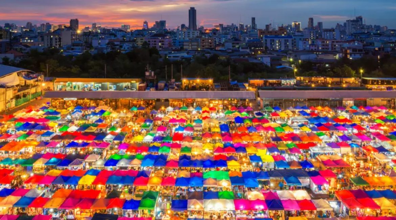 שוק סוף השבוע של צ'אטוצ'אק בבנגקוק